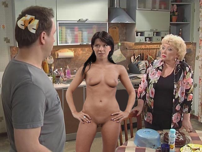 Голая Вера Воронина на кухне