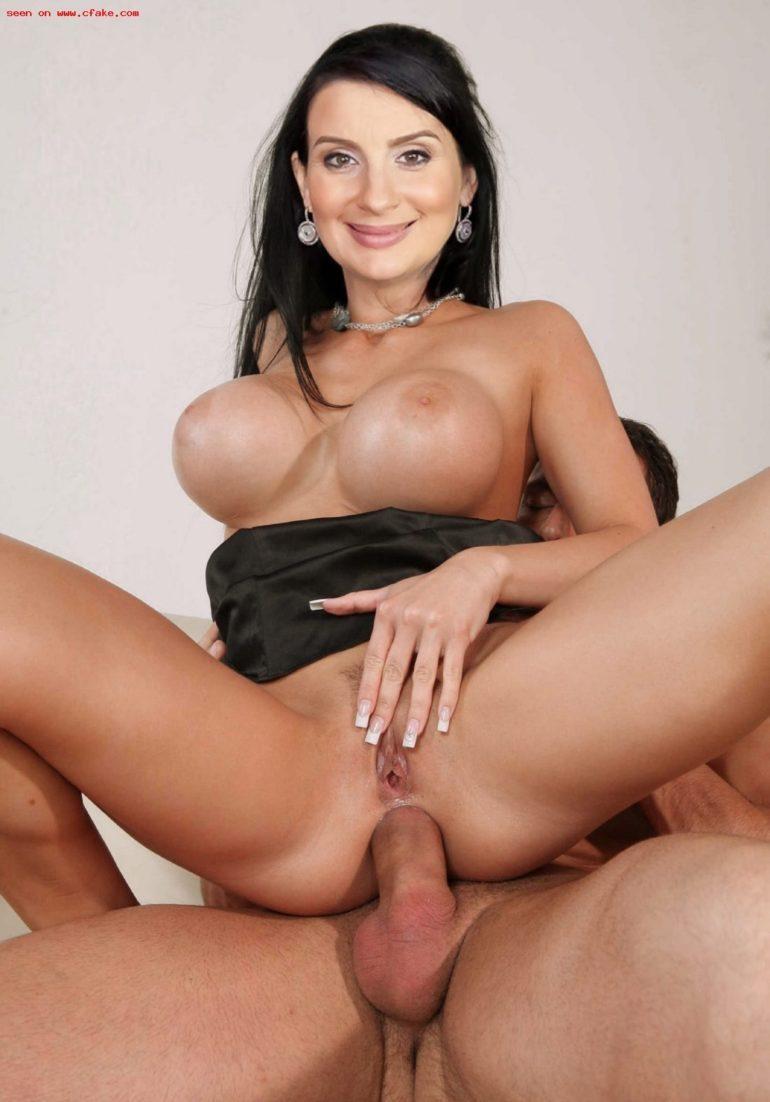 Екатерина Стриженова занимается анальным сексом